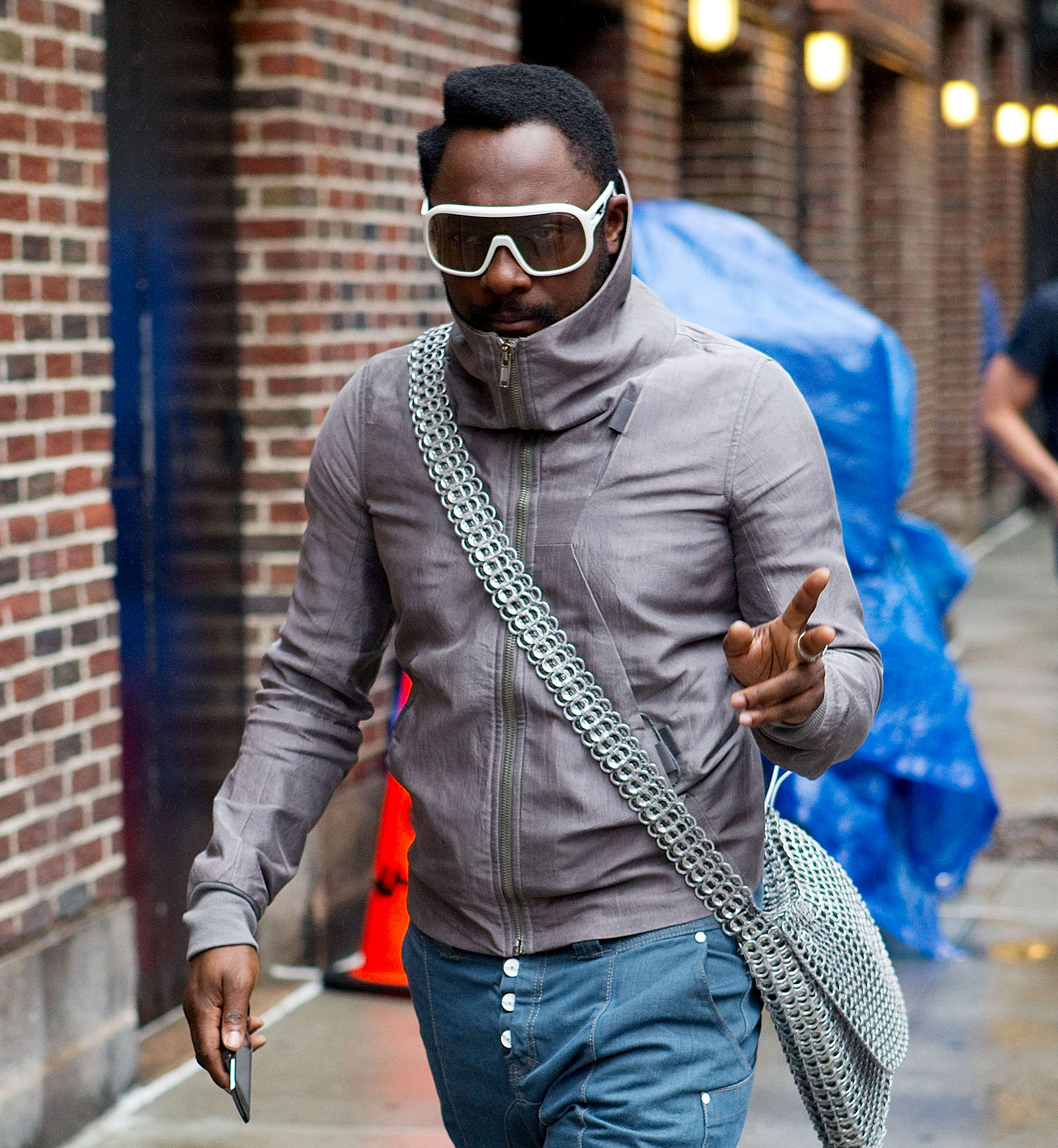 """Traveling While Black: Will.I.Am's """"Racist"""" Run-In With A Qantas Flight Attendant"""